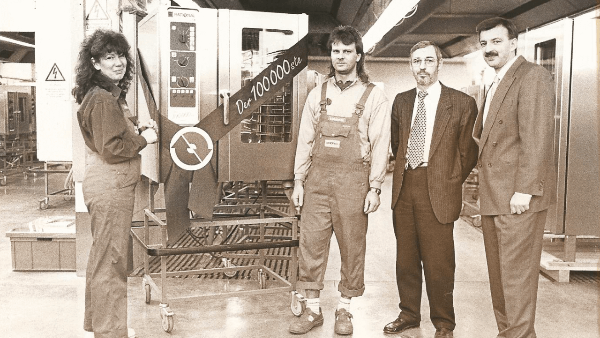 1996: Production of our 100,000th combi-steamer