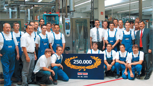 Production of our 250,000th RATIONAL combi-steamer